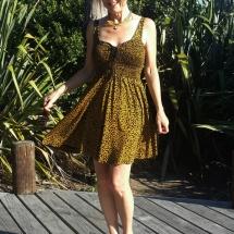 Geel zwarte smock jurk voor